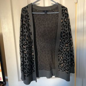 Old Navy - S - Leopard Print Sweater